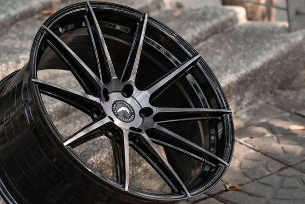 BARRACUDA PROJECT 2.0 Higloss-Black brushed Surface Felge 10,5x21 - 21 Zoll 5x112 Lochkreis